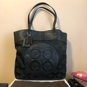 Coach Large Julia Perry Texture Leather Tote Bag!